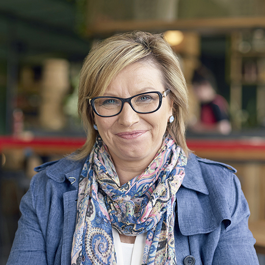 Family violence awareness campaigner and 2015 Australian of the Year Rosie Batty will become an Honorary Doctor of USC.