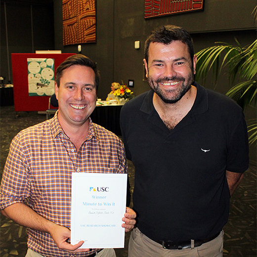 Associate Professor of Aquaculture Nicholas Paul and USC Research Conference Chair Associate Professor Adam Polkinghorne
